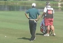 Caddies vs. PGA Tour: Duane Bock es amonestado por usar pantalones cortos color salmón