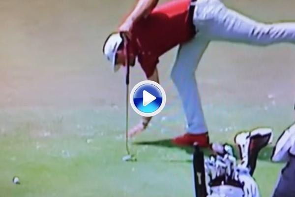Keegan Bradley se autopenaliza con dos golpes después de cometer un error de novato (VÍDEO)