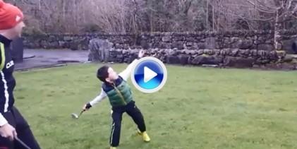 El lanzamiento del hierro 3 de McIlroy al agua crea tendencia en las redes sociales (VÍDEO)