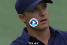 Spieth no dejó de hablar a su bola durante el Masters. Este fantástico montaje así lo muestra (VÍDEO)