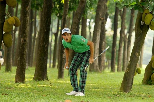 Carlos Pigem en Bangladesh. Foto: @asiantourgolf