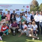 El campeón con miembros del RCG El Prat. Foto: OpenGolf.es