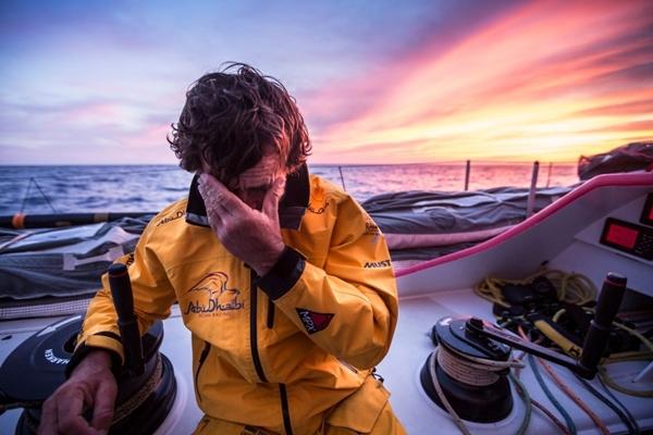 Final de infarto Matt Knighton-Abu Dhabi Ocean Racing-Volvo Ocean Race