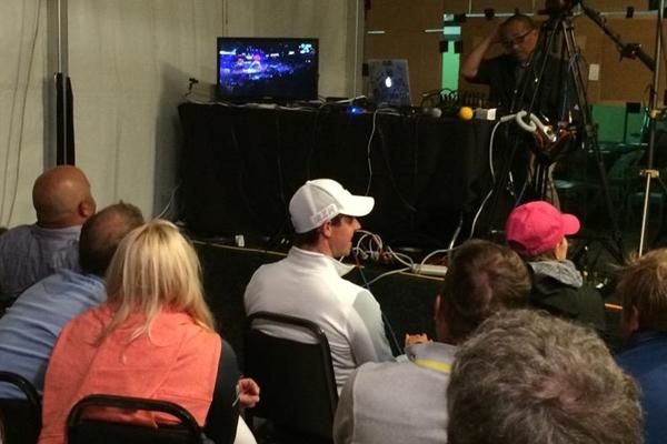Rory McIlroy en la Sala de Prensa. Foto: @PGATOUR