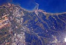 El astronauta Scott Kelly muestra cómo se ven los campos de golf desde el espacio