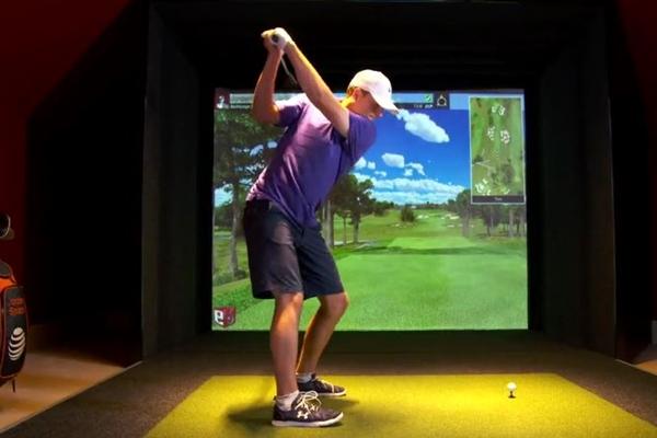 Jordan Spieth en el simulador