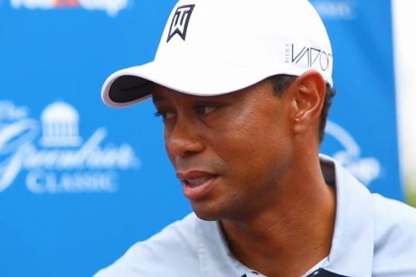 Tiger Woods Greenbrier dia 1 2