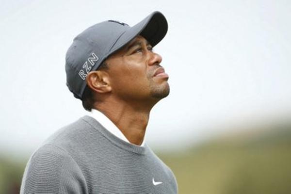 Tiger Woods en St. Andrews Foto via Twitter