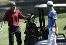 "Obama tiró de ""trash talk"" para derrotar a Stephen Curry en un partido de golf: ""Me puso nervioso"""