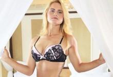 50 Sombras de Carly Booth. La escocesa realizó una explosiva sesión de fotos en ropa interior (GALERÍA)