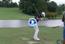 La magia al servicio del golf. Jordan Spieth consigue que sus bolas caminen por encima del agua (VÍDEO)