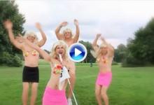 No tiene desperdicio: R. Karlberg participó hace 3 años en un videoclip de los más raros de la historia