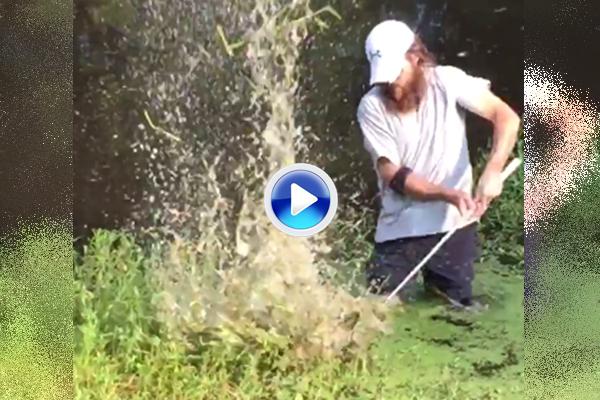 Un dropaje a tiempo es una victoria. El televisivo Robertson se lió en un obstáculo de agua (VÍDEO)
