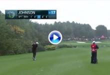 El golf es duro: Dustin Johnson, protagonista en el WGC-HSBC por un golpe de mala suerte (VÍDEO)