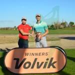 Dewald Lubb, campeón de la Volvik Cup, junto a Xavier Eusebio, responsable del Tour
