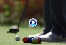Jason Day transforma el green en una mesa de billar y acepta el reto de jugar una partida (VÍDEO)