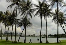 Pigem, Colomo y Spieth se defienden panza arriba en un accidentado y lluvioso Singapore Open