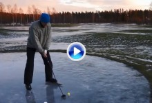 ¿Locos por el Golf? Estos suecos jugaron unos hoyos calzados con patines de hielo bajo cero (VÍDEO)