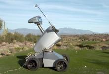 Eldrick, el primer robot en lograr un hoyo en uno, se ofrece en alquiler como instructor de golf