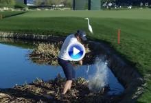 Kaufman se quitó los zapatos, se arremangó los pantalones y jugó desde dentro del agua (VÍDEO)