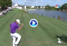 Kaufman se apunta a los malos modos: Partió por la mitad el palo tras enviar la bola al agua (VÍDEO)