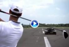 ¿Puede un deportivo atrapar un misil con un driver en un aeropuerto? Estos chicos lo lograron (VÍDEO)