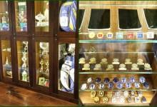 Poulter mostró en las RRSS su dilatada carrera en forma de badges y trofeos
