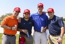 Estos fans -Pro Tiger- le dan la vuelta al slogan de campaña de los republicanos… ¡delante de Trump!