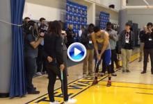 Curry demostró que es el rey de la larga distancia. Embocó un putt de 27 metros ante Lydia Ko (VÍDEO)