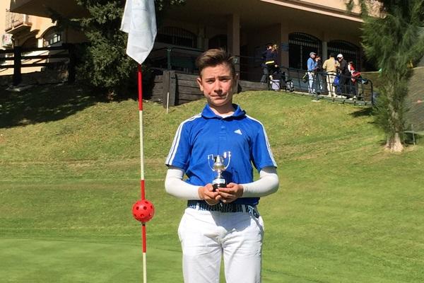 Tomy Artigas campeón en La Siesta Golf