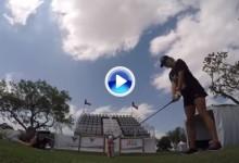Daly cumple 50 y una jugadora LPGA le homenajea con su famoso golpe de la cerveza (VÍDEO)