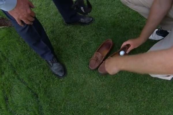 Castro mandó la bola al mocasín de un espectador en el PlayOff del Wells Fargo