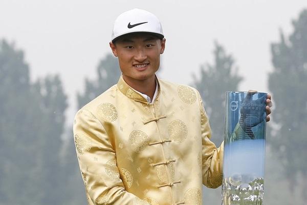 El jugador asiático sorprendió el domingo y consiguió su primera victoria en el circuito europeo. Foto: @EuropeanTour