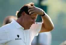 Phil Mickelson dice adiós al US Open. El zurdo, abatido, se queda fuera del corte