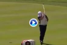 Donaldson sacó su mal humor en Oakmont. Fue abucheado tras pagarlo con la hierba (VÍDEO)