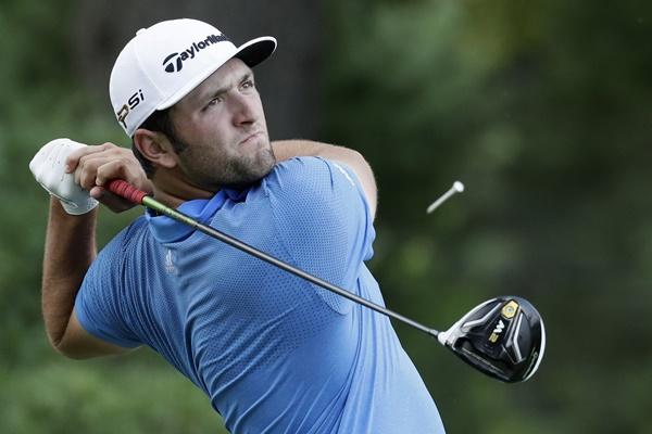 El jugador español arrancará el domingo a solo tres impactos de Billy Hurley, líder en Casa Club. Foto: @PGATour