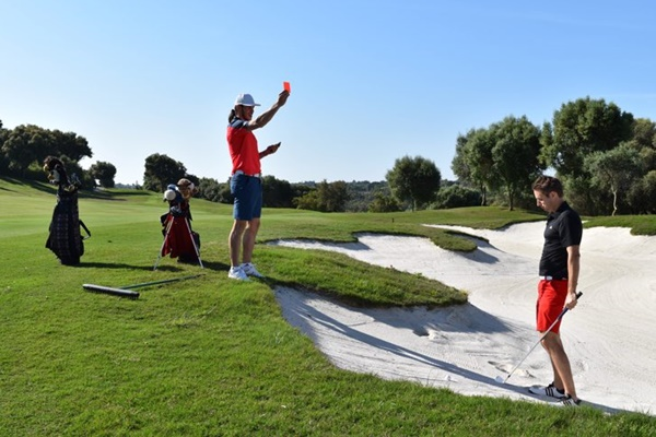 Este nuevo formato nace por la necesidad de eliminar los largos parones en el golf. @EuropeanTour