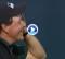 'Lefty' se quedó a un suspiro de hacer historia en el golf. Esta cruel corbata le impidió firmar 62 (VÍDEO)