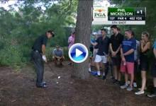 El Golf es duro: Mickelson firmó un doloroso triple bogey en el uno. Le costó salir de la pinaza (VÍDEO)