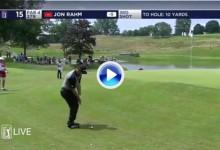 ¡¡Magnífico!! Jon Rahm la volvió a enchufar, una vez más, desde fuera del green en el 15 (VÍDEO)