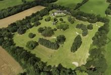 ¿Tiene un millón de euros? Ya puede disponer de esta inmensa casa en Irlanda… ¡con campo de golf!