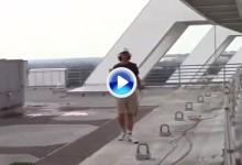 George Bryan inaugura el año de fútbol americano universitario con un certero Trick Shot (VÍDEO)