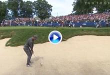 Este golpazo de Rory en el 18 desde la arena le dio la victoria en el PGA Tour 477 días después (VÍDEO)
