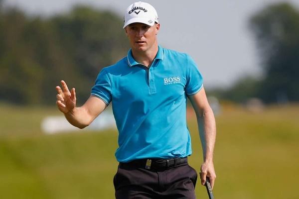 Noren muestra su poderío y suma en el British Masters su tercer título en 3 meses. Campillo, T19