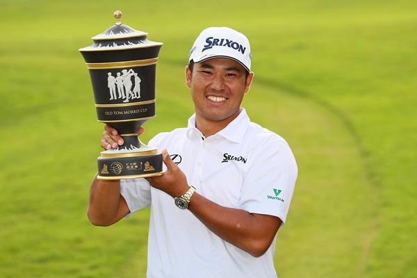 El golfista nipón se convirtió a sus 24 años en el primer asiático en levantar un trofeo de las series mundiales. Foto: @PGATour
