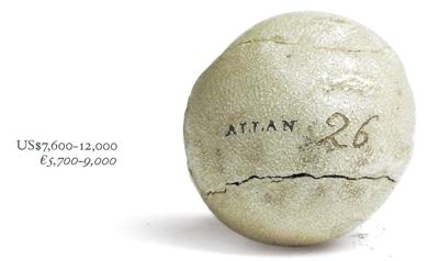 Bola feathery fabricada por Alan Robertson alrededor de 1840, uno de los lotes de la colección de Jaime Ortiz Patiño, que se subastó en CHRISTIE'S en Mayo de 2012, con un precio de salida estimado entre 5.700€ y 9.000€