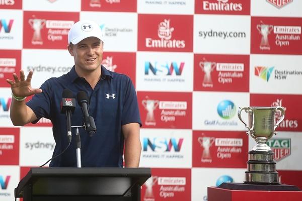 El joven golfista norteamericano quiere retomar la racha que le cortó de raíz el agua en Augusta. Foto: @PGATour