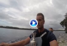 Henrik Stenson se lleva la Jarra de Clarete a dar una vuelta ¡sobre una moto de agua! (VÍDEO)