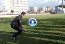 Atención a este Flop Shot de Jon Rahm ¡¡con hierro 4!! al más puro estilo Seve Ballesteros (VÍDEO)