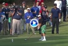 """De tal palo, tal astilla. Vean cómo le pega a la bola """"Little John"""", el hijo golfista de Daly (Inc. VÍDEO)"""